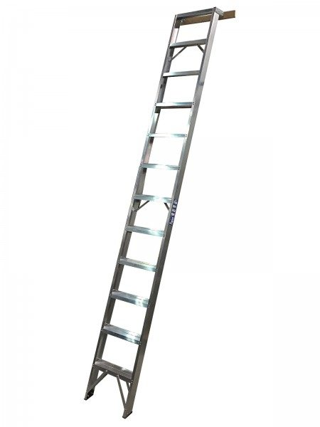 Shelf Ladders - Chase Manufacturing Ltd