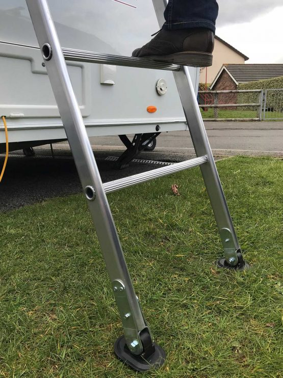 Caravan Cleaning Ladder Chase Ladders